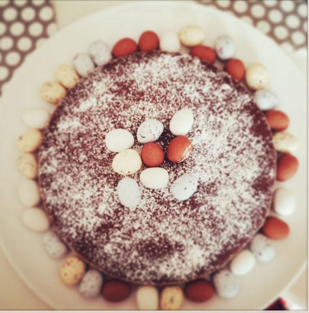 Ranskalainen suklaakakku onnistuuaina