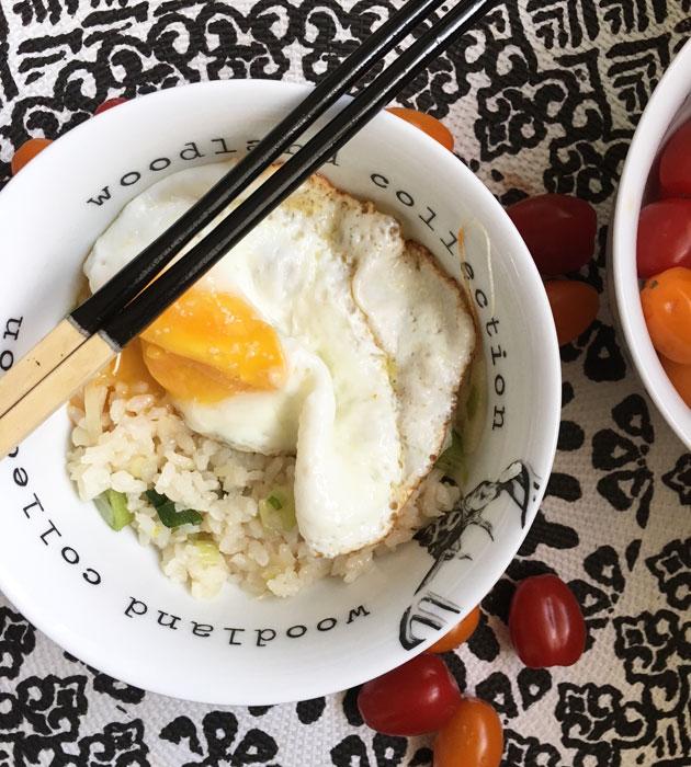 Helppo ja nopea paistettu riisi &kananmuna
